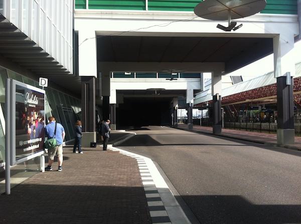 busstation achter