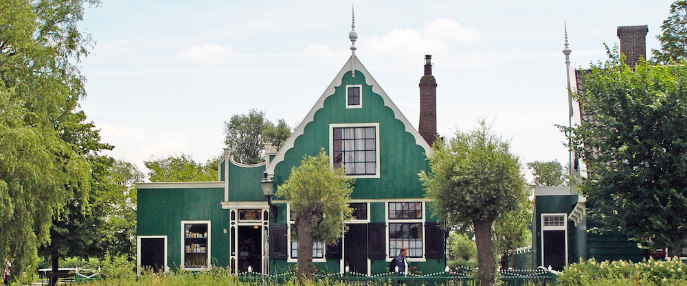 Zaanse-Schans-Museum-Bakkerijmuseum-in-de-Gekroonde-Duyvekater-2-1920x800