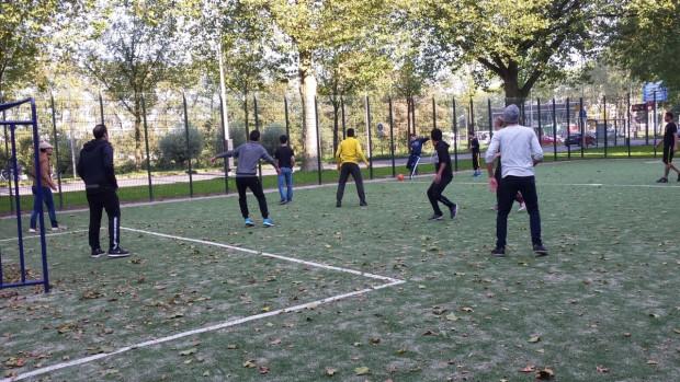 voetballen veldpark