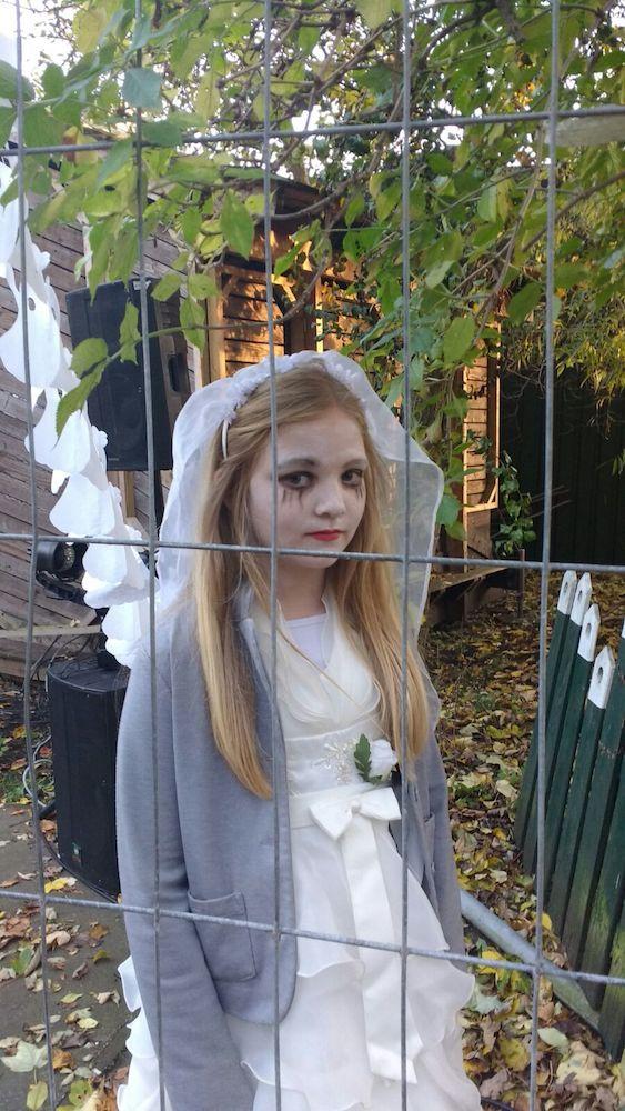 nina zombie 2