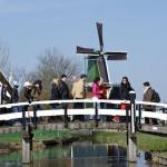 Zaanse-Schans-Bezoekers-Rondleidingen