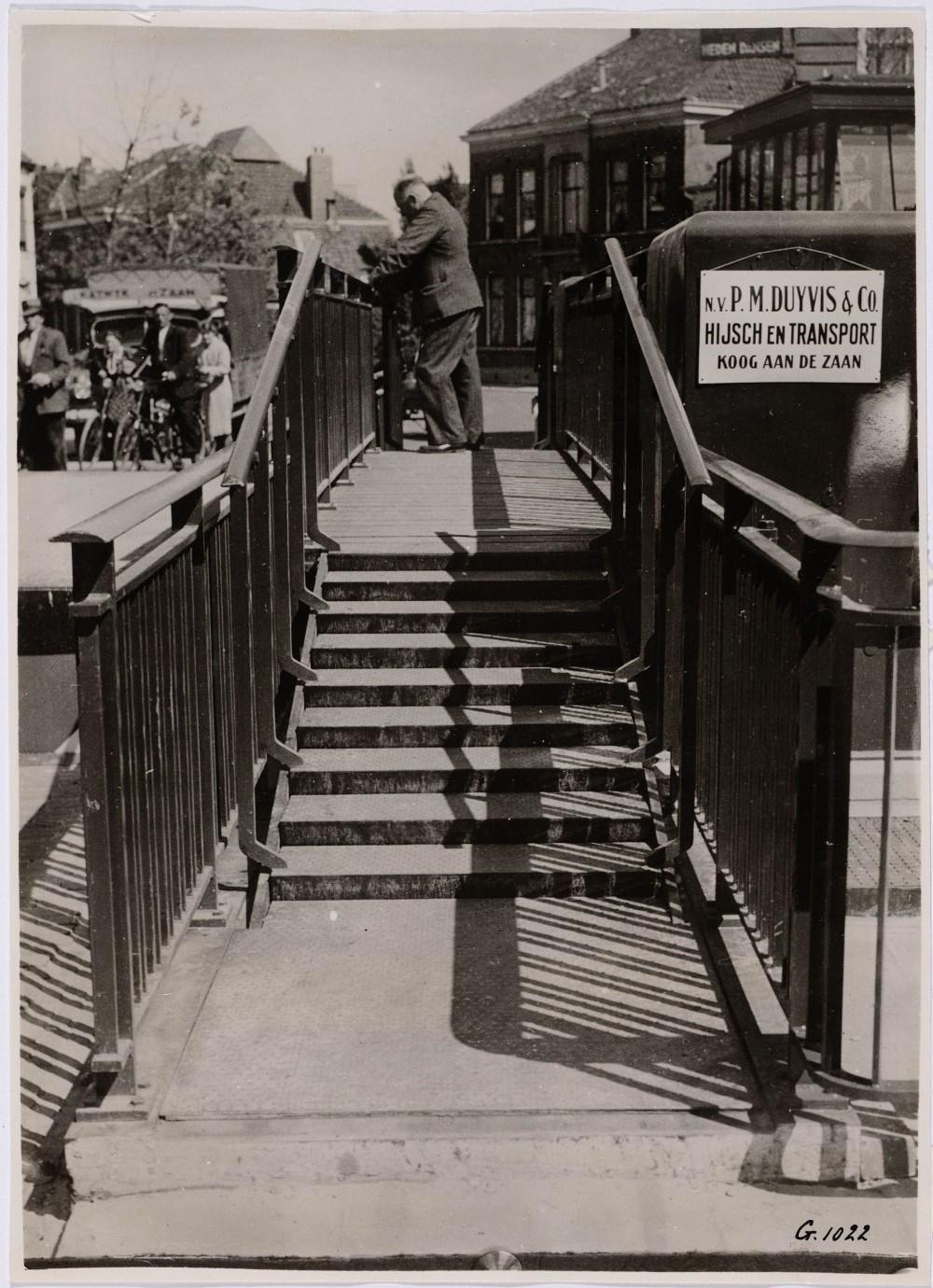 Ingebruikneming Kogersluisbrug (1940) gebouwd door PM Duyvis 2200449