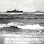 De Renate Leonhardt vastgelopen bij Bergen aan Zee