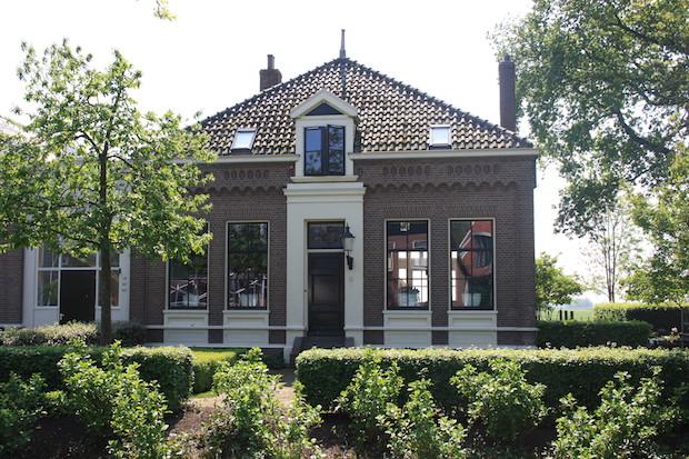 Dorpsstraat-Jisp1