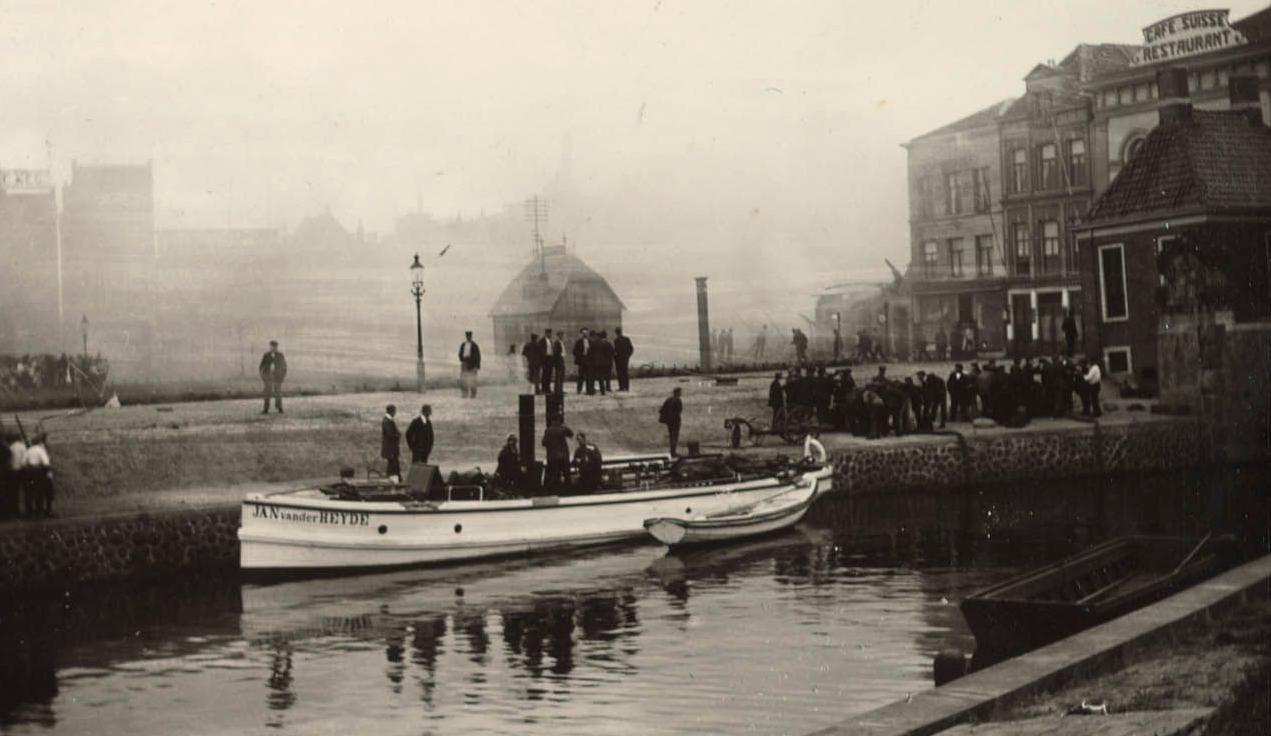 Jan van der Heyde blusboot