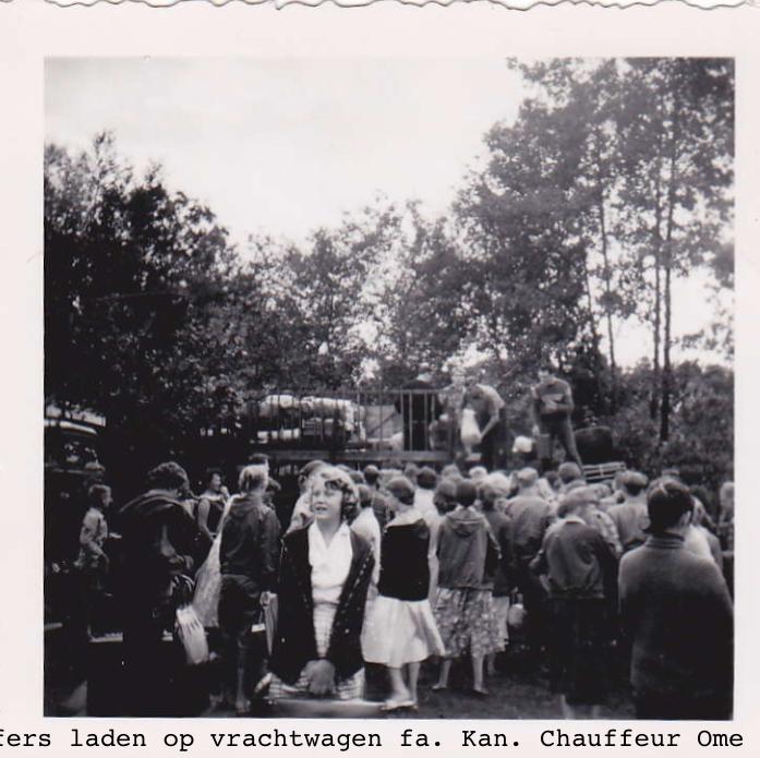gjc-vrachtwagen-fa-kan-1955-ome-cor-smit-chauffeur