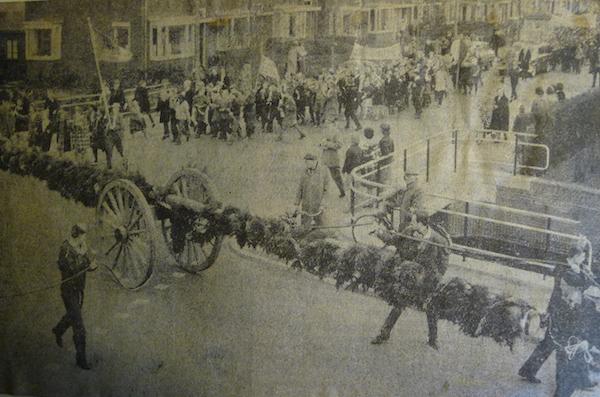 eerste-paal-zaanlands-krant