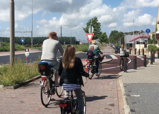 esdoornlaan-fietsers