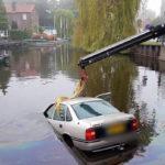 auto water kerkstraat oostzaan