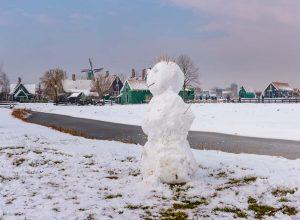 Sneeuwpop op De Zaanse Schans,Zaandam,,Noord-Holland,Nederland