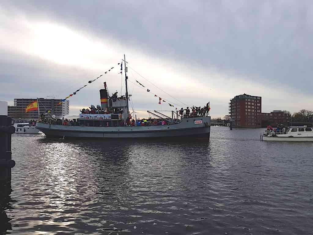 sinterklaasboot zaandam