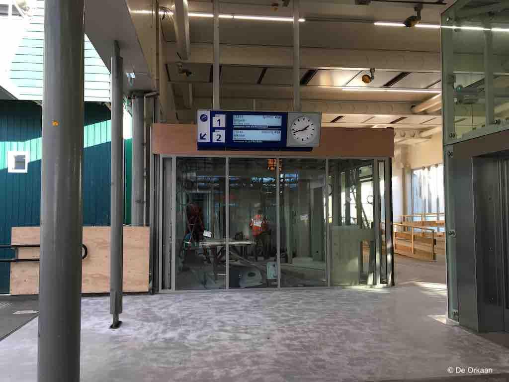 ticket shop station zaandam 4 dec 2019 orkaan