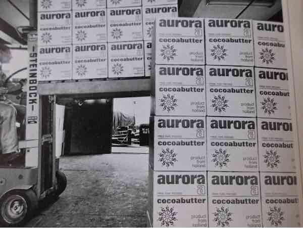 De cacaoboter van Stuurman Cacao onder de naam Aurora