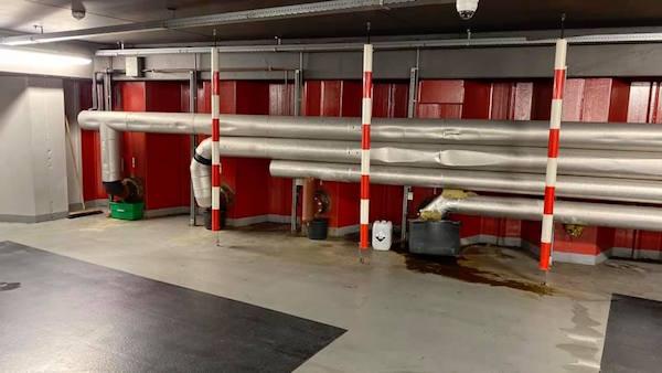 ron rigter lekkage garage