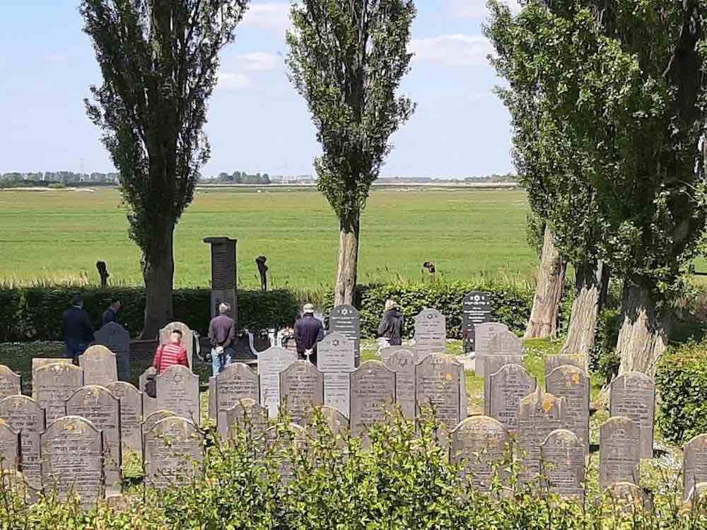 joodse begraafplaats geke vd kamp