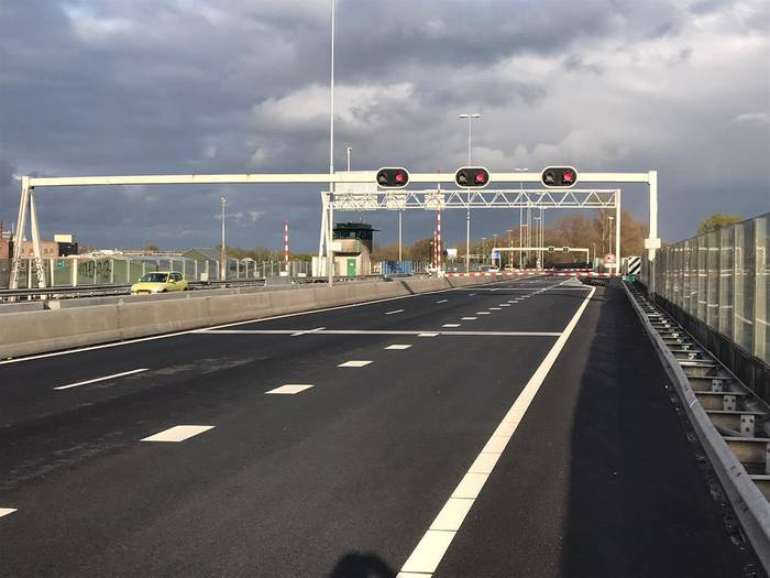 Coenbrug dagje dicht, boete voor omrijders…